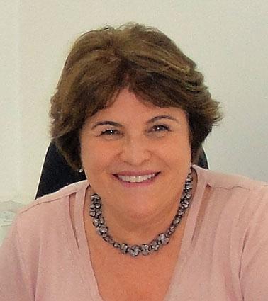 Dra. Márcia Ayres