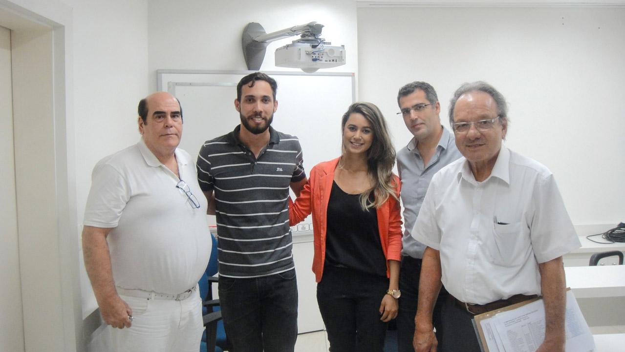 Doutores Ricardo Thome, presidente do Conoge Italo Nery Lopes, diretora Conoge APCD-JP Natalia Dias, dr. Rodrigo Sarzedo e dr. Nelson Sabino de Freitas